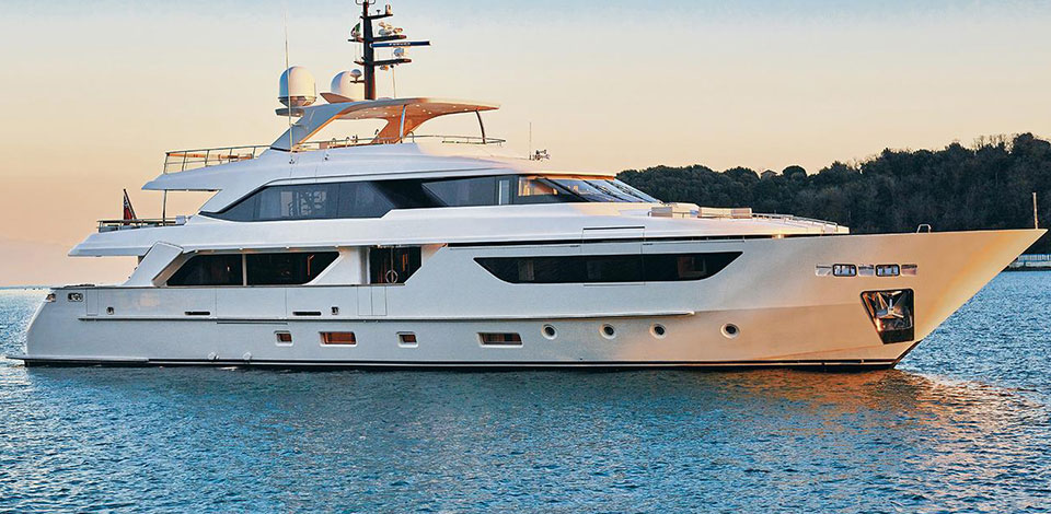 Sanlorenzo motor yacht Blue Agave sold