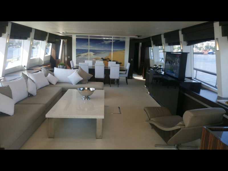 COUACH YACHTS 3700 FLY 2009