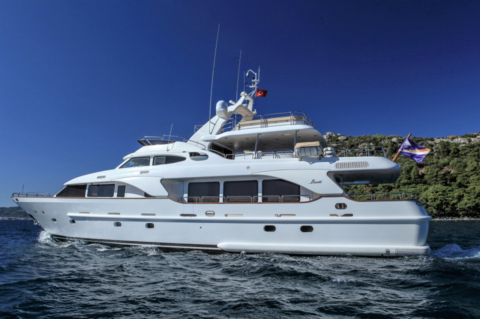 BENETTI TRADITION 100 2007