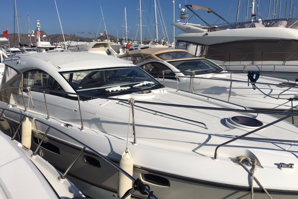 FAIRLINE Targa 38 2012